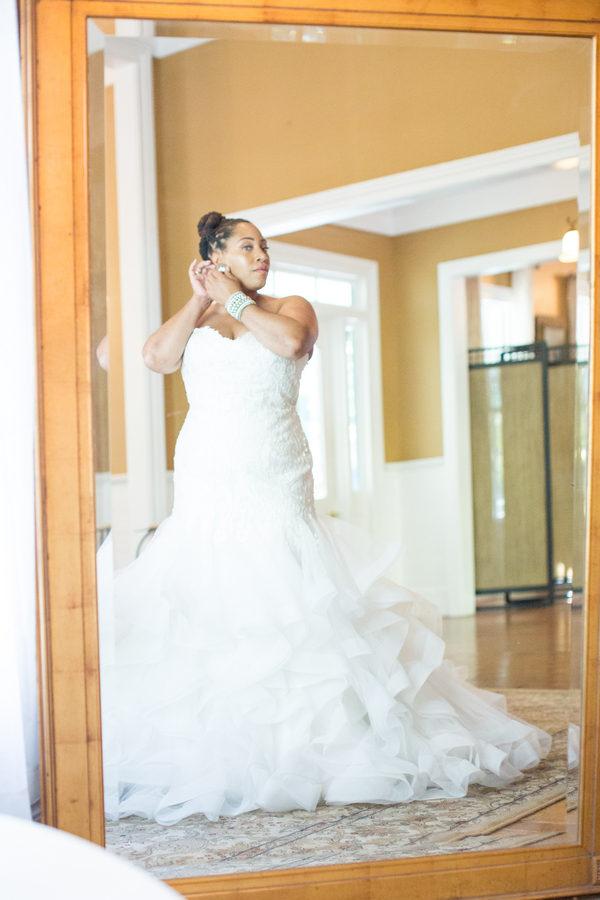Intimate garden wedding columbia sc black nuptials for Wedding dresses in columbia sc
