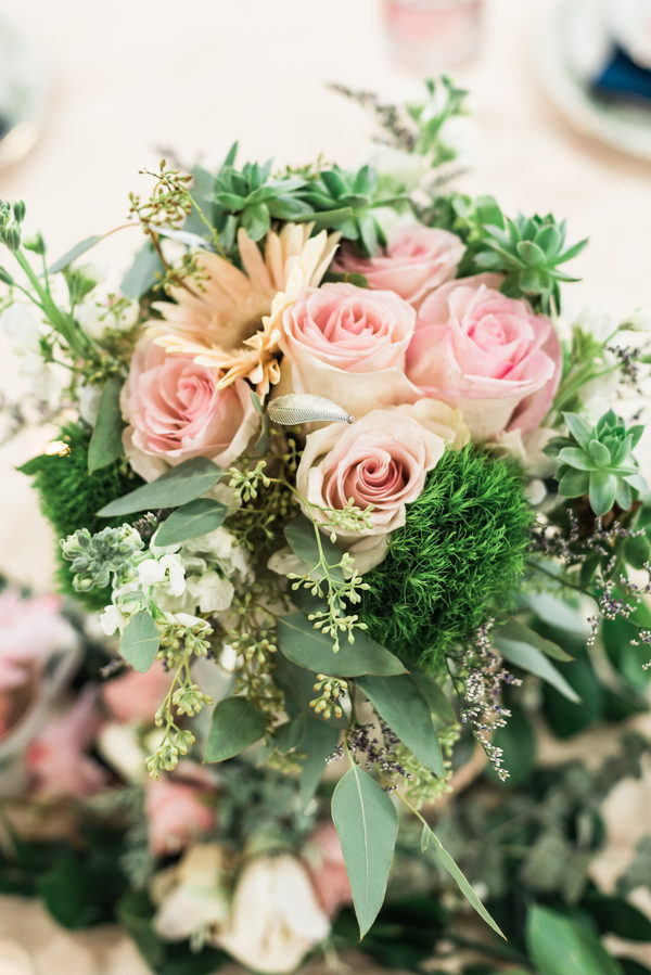 Gorgeous Styled Southern Wedding With A Vintage Amp Bohemian